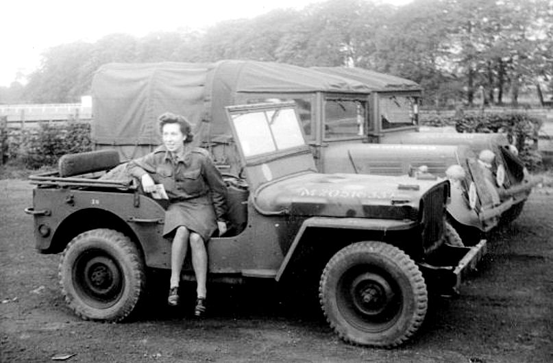 1945-joan-rogers-drives-jeep-memoryproject-2.jpg