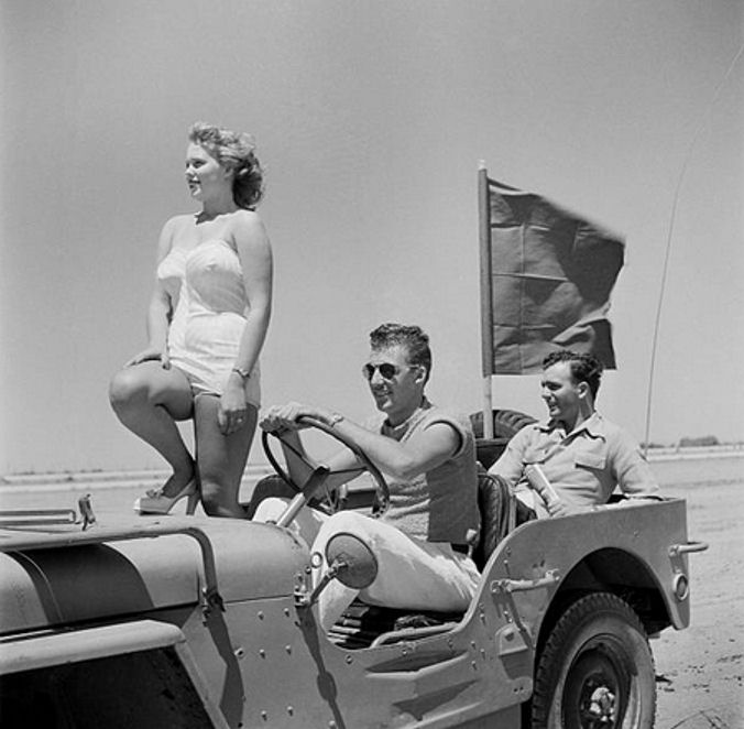 Palmdale_California-Aug_14_1949.jpg