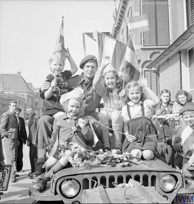 Liberation_of_Velp_NL_19450416.jpg
