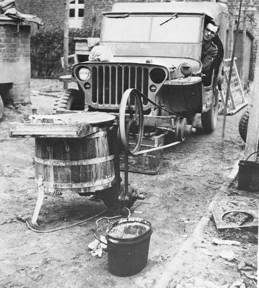 British_ingenuity_Jeep_Laundry_machine_Germany_1945-.jpg