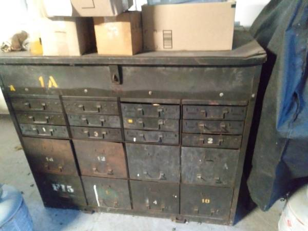 unknown military tool cabinet 1.jpg