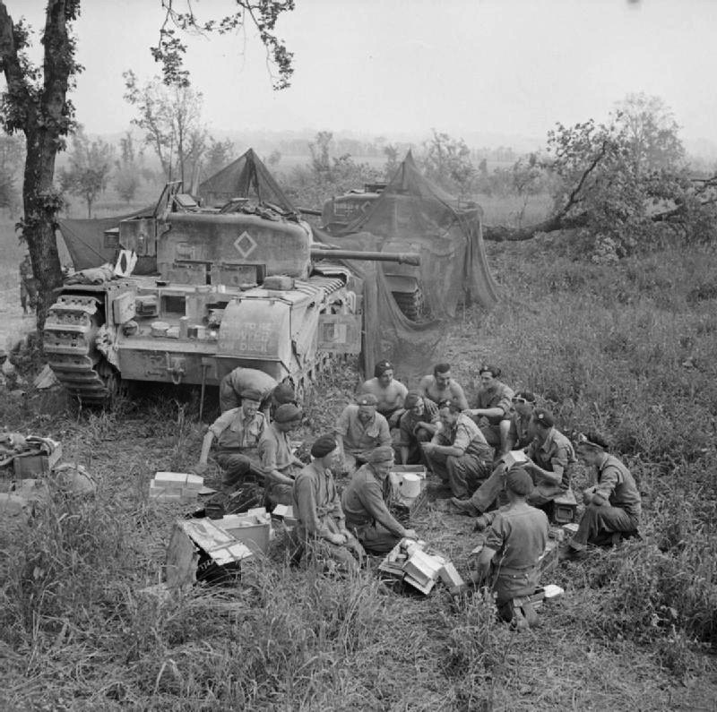 51_RTR_Churchill_tanks_Italy_May_1944_IWM_14976.jpg