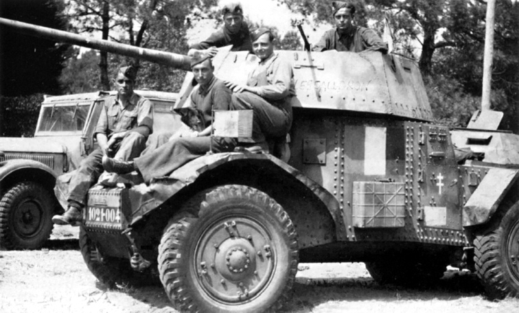 Captured Panzerspähwagen Panhard 178%28f%29 P204%28f%29 by French forces 1944 4.jpg