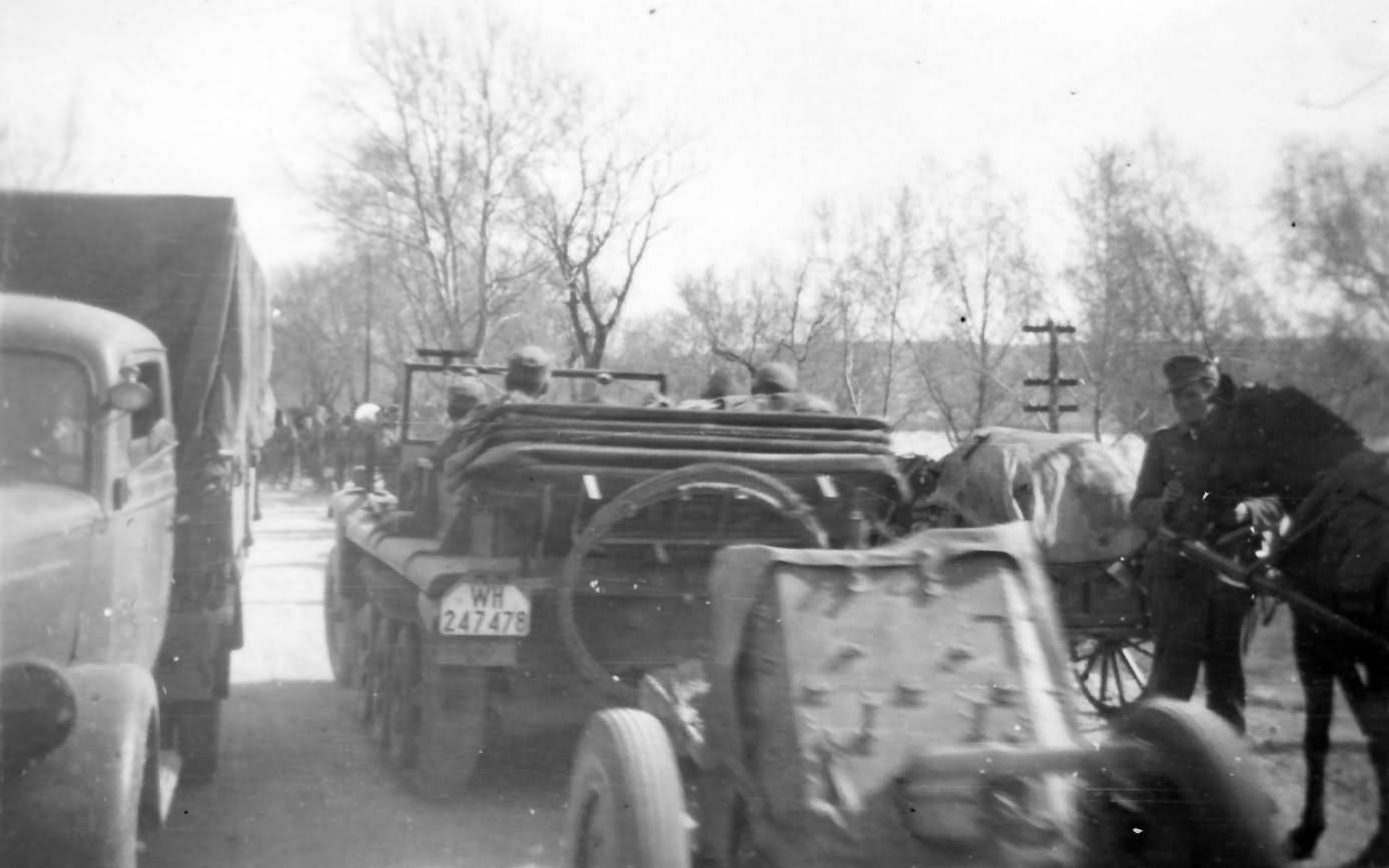 german_halftrack_SdKfz_10_19.jpg